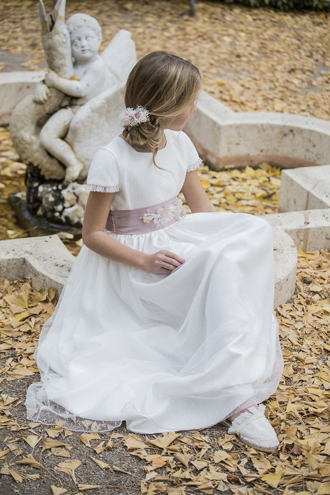 vestidos-y-complementos-para-comuniones-Blogmodabebe-33