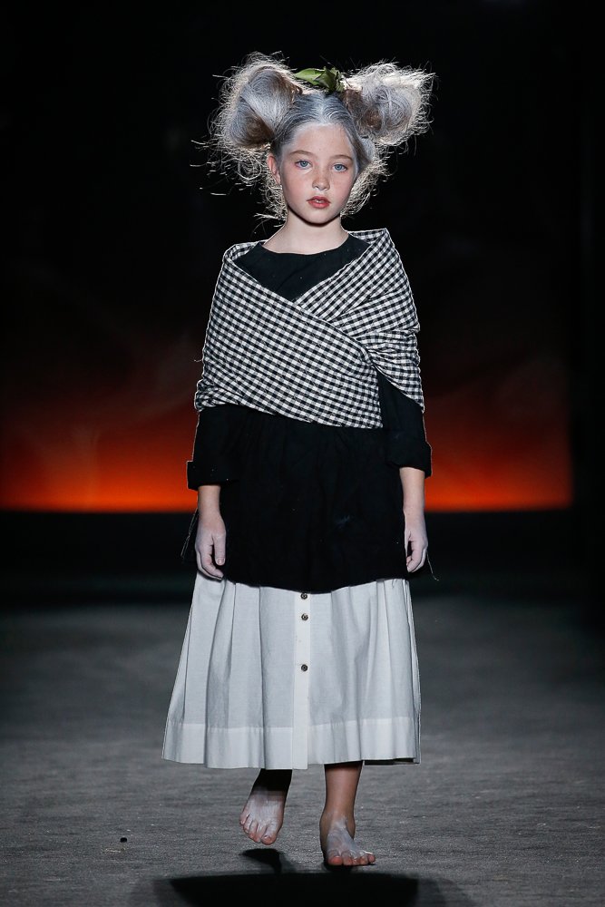 little-creative-factory-080-bcn-fashion-horizons-AW18-26