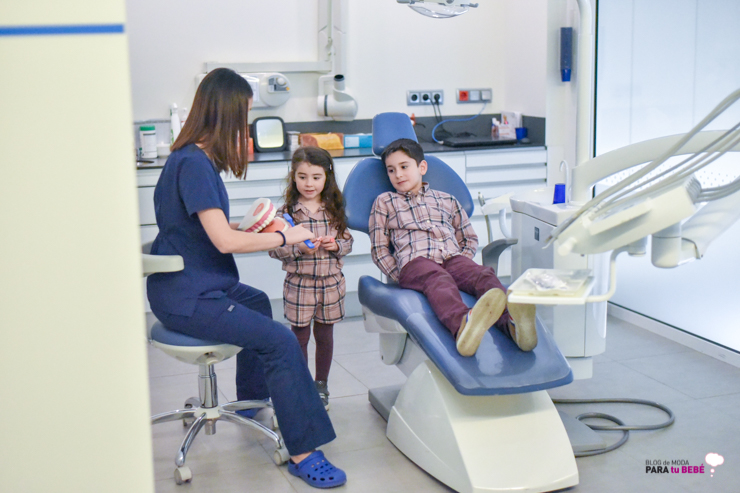 cuidamos-la-salud-dental-de-los-peques-en-abaden-dentistas-14