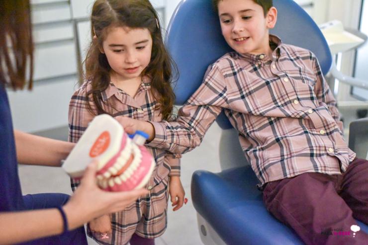 cuidamos-la-salud-dental-de-los-peques-en-abaden-dentistas-16