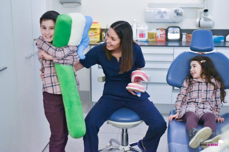 cuidamos-la-salud-dental-de-los-peques-en-abaden-dentistas-26