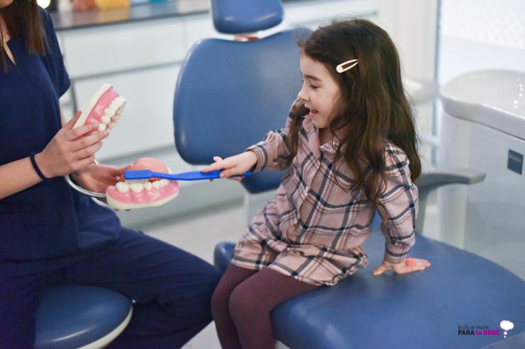 cuidamos-la-salud-dental-de-los-peques-en-abaden-dentistas-27