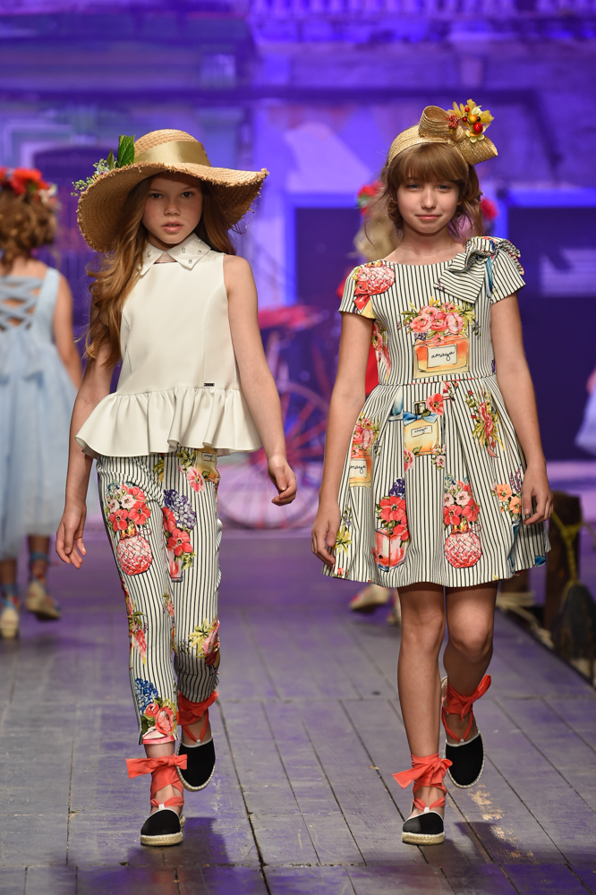 Amaya-desfile-de-children-fashion-from-spain-en-pitti-bimbo-SS19-Blogmodabebe-11