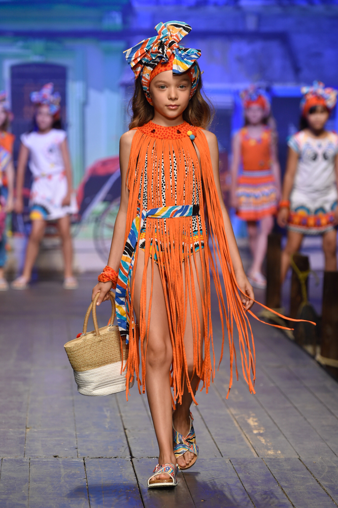 tuctuc-desfile-de-children-fashion-from-spain-en-pitti-bimbo-SS19-Blogmodabebe-10