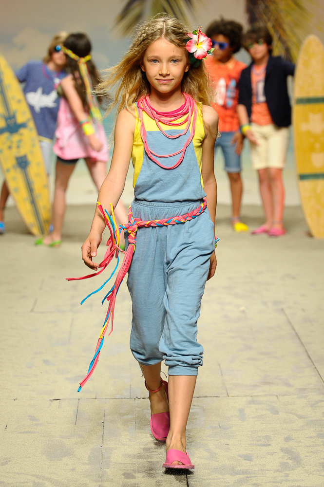 Canada House-en-el-desfile-de-children-fashion-from-spain-en-pitti-bimbo-florencia-5