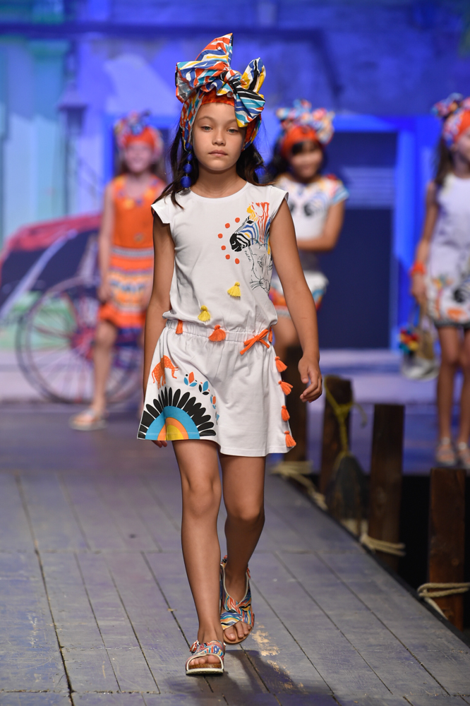 tuctuc-desfile-de-children-fashion-from-spain-en-pitti-bimbo-SS19-Blogmodabebe-6