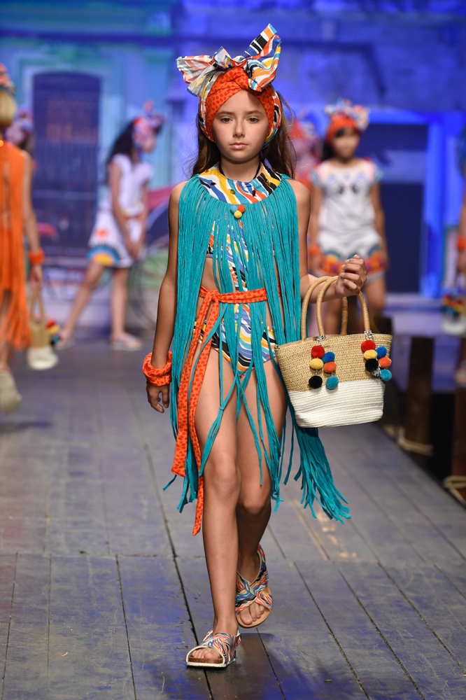 tuctuc-desfile-de-children-fashion-from-spain-en-pitti-bimbo-SS19-Blogmodabebe-9